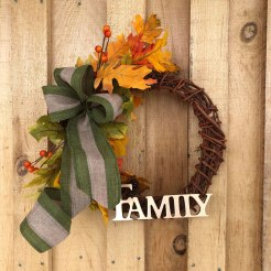fall-wreath-with-family
