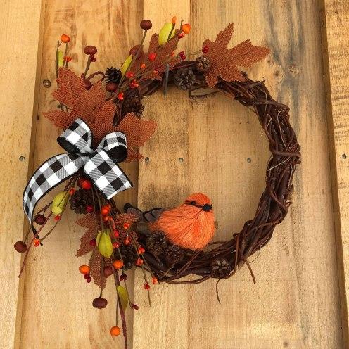 fall-wreath-with-orange-bird