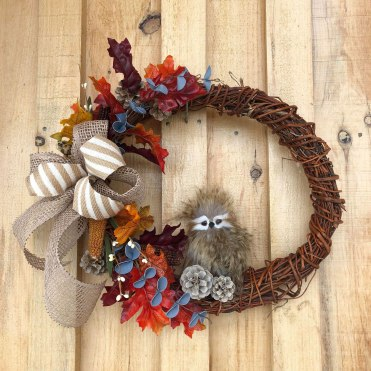 fall-wreath-with-owl
