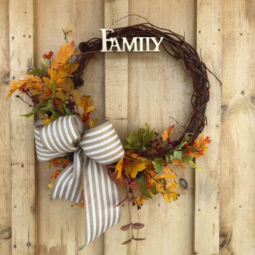 family-autumn-wreath